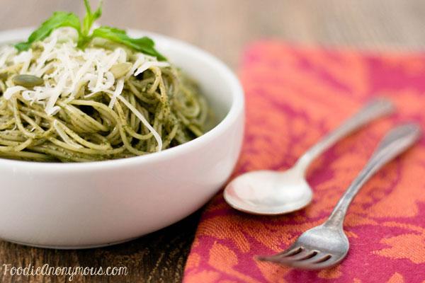 Pumpkin Seed Pesto Pasta - www.FoodieAnonymous.com