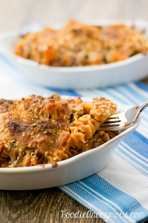 Cheesy Pasta Bake - www.FoodieAnonymous.com